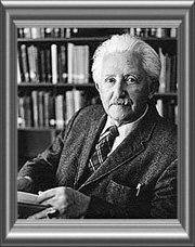 erik erikson trust versus mistrust Erikson's stage 1 - trust versus mistrust infancy from birth - 18 months i am what i am given  an infant is helpless he is totally dependent on others for his needs.